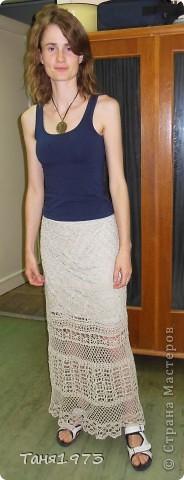 Связала юбку Цветочная  , на всё ушло 2 недели , в дождливые дни, цвет более тёмный, чем на фото, серо-золотистый оттенок некрашенной пряжи фото 9