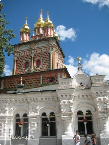 Скажите, разве можно быть в Москве и не побывать в Сергиевом Посаде - небольшом, тихом городке в Подмосковье? Тем более что представился счастливый случай. фото 9
