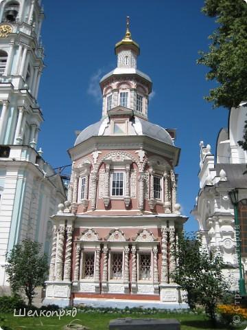 Скажите, разве можно быть в Москве и не побывать в Сергиевом Посаде - небольшом, тихом городке в Подмосковье? Тем более что представился счастливый случай. фото 10