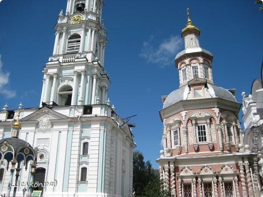 Скажите, разве можно быть в Москве и не побывать в Сергиевом Посаде - небольшом, тихом городке в Подмосковье? Тем более что представился счастливый случай. фото 11