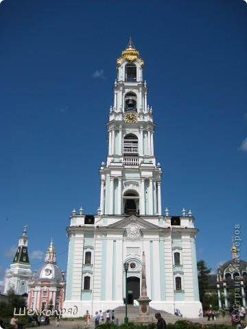Скажите, разве можно быть в Москве и не побывать в Сергиевом Посаде - небольшом, тихом городке в Подмосковье? Тем более что представился счастливый случай. фото 16