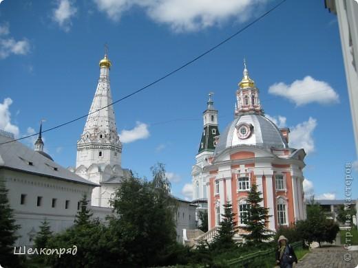 Скажите, разве можно быть в Москве и не побывать в Сергиевом Посаде - небольшом, тихом городке в Подмосковье? Тем более что представился счастливый случай. фото 22