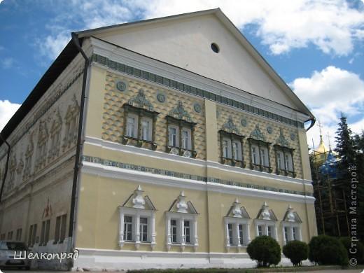 Скажите, разве можно быть в Москве и не побывать в Сергиевом Посаде - небольшом, тихом городке в Подмосковье? Тем более что представился счастливый случай. фото 29