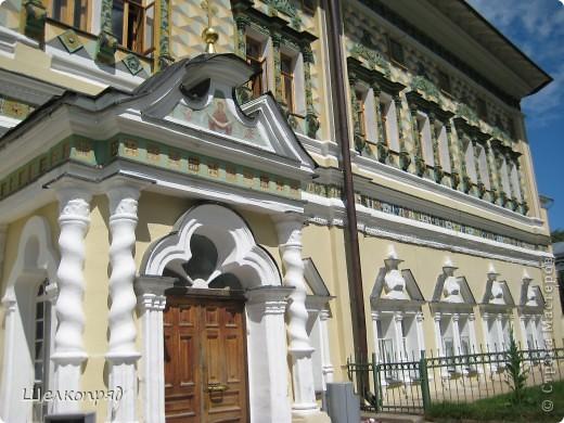 Скажите, разве можно быть в Москве и не побывать в Сергиевом Посаде - небольшом, тихом городке в Подмосковье? Тем более что представился счастливый случай. фото 30