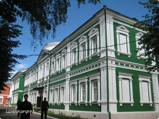 Скажите, разве можно быть в Москве и не побывать в Сергиевом Посаде - небольшом, тихом городке в Подмосковье? Тем более что представился счастливый случай. фото 37