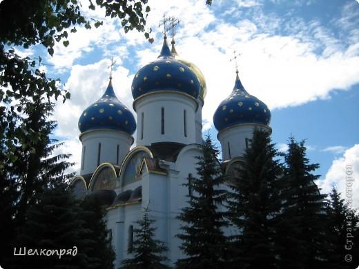 Скажите, разве можно быть в Москве и не побывать в Сергиевом Посаде - небольшом, тихом городке в Подмосковье? Тем более что представился счастливый случай. фото 38