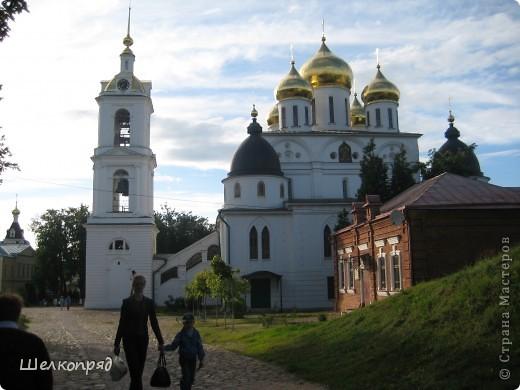 Скажите, разве можно быть в Москве и не побывать в Сергиевом Посаде - небольшом, тихом городке в Подмосковье? Тем более что представился счастливый случай. фото 57