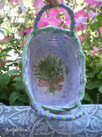 Маленькая корзиночка для маленьких бутылок под масло.  фото 3