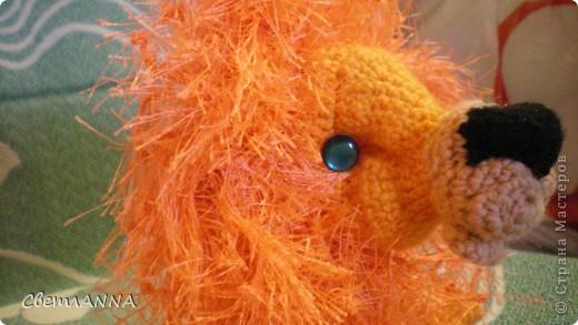 вот такого львенка я связала в подарок на день рождения одному хорошему человеку. рост-13 см, с гривой-16 см. фото 2