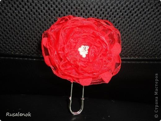 Еще цветочки (заколочки) фото 4