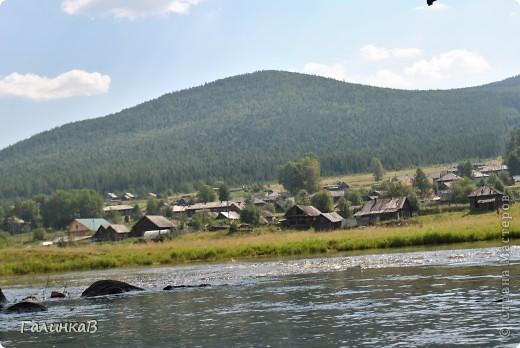 Во время своей поездки на Урал съездили мы в очень живописное место. Это село Косья. Расположено оно в окружении живописных лесистых холмов. фото 26