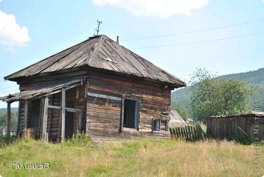 Во время своей поездки на Урал съездили мы в очень живописное место. Это село Косья. Расположено оно в окружении живописных лесистых холмов. фото 20