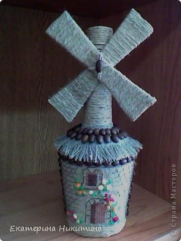 Бутылка-мельница (мешковина, бумажный шпагат, шпон, кофейные зерна) фото 3