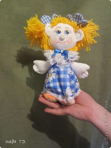 Это работы моей подруги Гали,я только рисовала глаза.Эту куклу звать Конопушка-веснушка. фото 1
