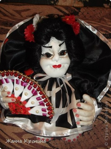 Здравствуйте, мои дорогие мастерицы! Наконец, нашла время сшить куколку- гейшу.Выношу на ваш суд... фото 1