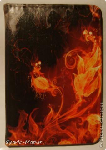 сотворилась вторая партия обложек)))  огненная серия, так сказать.....с волками-это старенький блокнотик фото 2