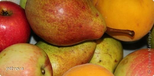 В этот раз я хочу разместить несколько кулинарных рецептов и просто фотографии фруктов-ягод-овощей. Лето, жара... фруктово-овощная благодать! фото 10