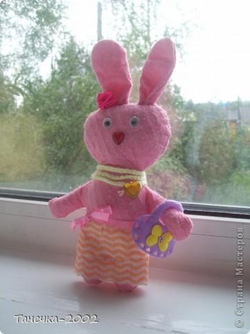 Вчера я напросилась к Алисе и Ульяне на совместный пошив.Мы вместе шили зайчика. Это моя Розочка. фото 5