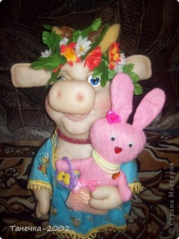 Вчера я напросилась к Алисе и Ульяне на совместный пошив.Мы вместе шили зайчика. Это моя Розочка. фото 9