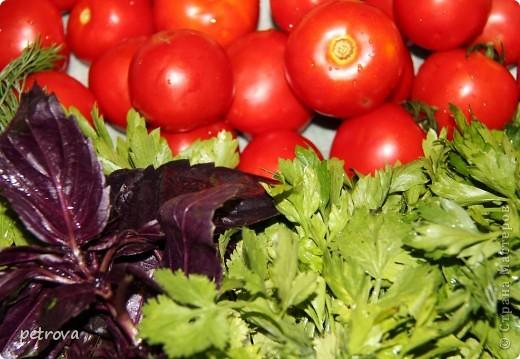 В этот раз я хочу разместить несколько кулинарных рецептов и просто фотографии фруктов-ягод-овощей. Лето, жара... фруктово-овощная благодать! фото 11