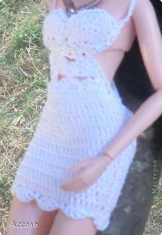 """Всем привет! Я окончательно потеряла голову и разорилась на эту чудо-куколку))) Хоть у меня вначале было желание купить именно блондинку Мелроуз, но за отсутствием последней, рука потянулась к вот этой красавице. Самая большая из имеющихся шарнирных кукол (а это важно, когда шьешь одежду) и самая красивая! Мне она сразу напомнила Маргошу из известного сериала))). Так это имя к ней и """"приросло"""". фото 3"""
