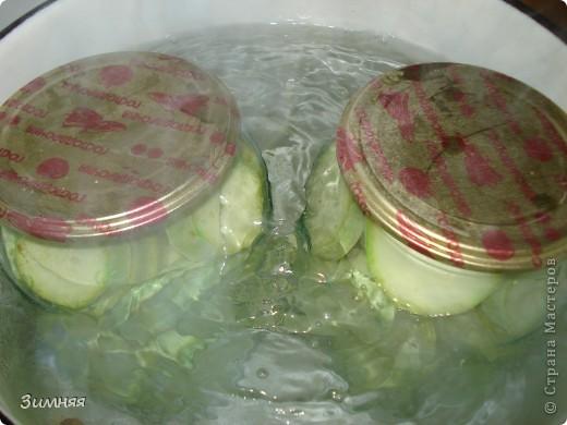 Всем привет! Предлагаю рецептик маринованных кабачков, которые я заготавливаю уже не первый год. Получаются очень вкусные и хрустящие! фото 5