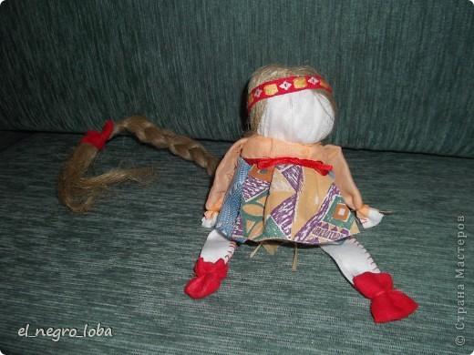 Сегодня я сшила подростковую куклу. Мои дочки тоже шили. Моя - вот такая. А дочки свои у себя наверное вывесят фото 1