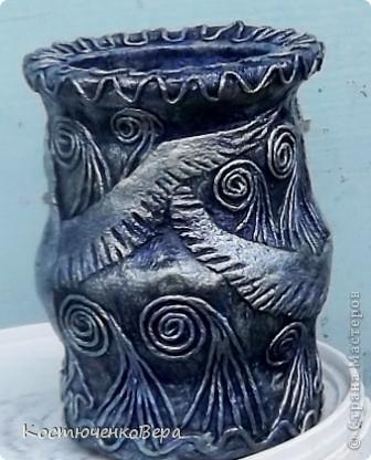 Потихонечку натворила новые бутылочки в технике пейп арт. http://stranamasterov.ru/user/151613 Новые эксперименты. фото 4