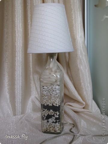 """Доброго времени суток, дорогие жители СМ! Весной я побывала на мастер-классе """"Фактурные поверхности и лампы из бутылок"""" замечательного мастера Лары Хаметовой. Далее мои работы в этой технике.  Настольная лампа """"Дачница"""" фото 7"""