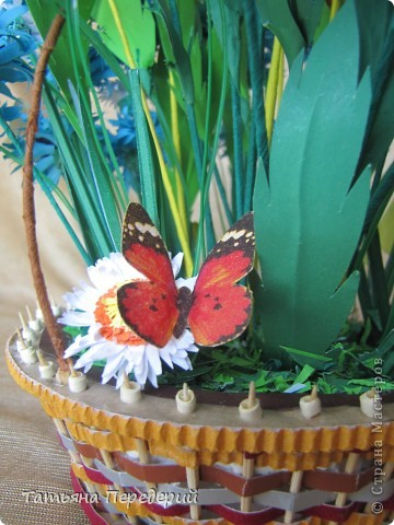 """Здравствуйте, жители СМ! Снова продолжаю свою серию """"Цветы в корзинке""""! Сегодня подготовила букет полевых цветов. Согласитесь, мимо такой красоты пройти невозможно... За МК корзинки - благодарность Светлане  http://stranamasterov.ru/node/377437. фото 5"""
