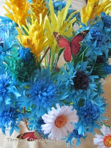 """Здравствуйте, жители СМ! Снова продолжаю свою серию """"Цветы в корзинке""""! Сегодня подготовила букет полевых цветов. Согласитесь, мимо такой красоты пройти невозможно... За МК корзинки - благодарность Светлане  http://stranamasterov.ru/node/377437. фото 6"""