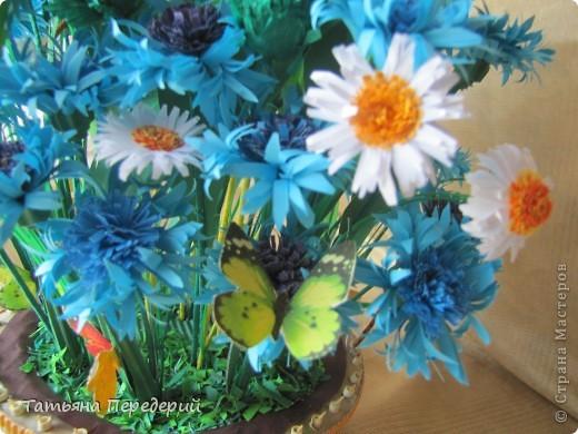 """Здравствуйте, жители СМ! Снова продолжаю свою серию """"Цветы в корзинке""""! Сегодня подготовила букет полевых цветов. Согласитесь, мимо такой красоты пройти невозможно... За МК корзинки - благодарность Светлане  http://stranamasterov.ru/node/377437. фото 8"""