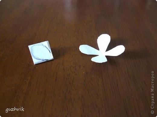 Цветочки и мини-МК. Буду рассказывать и показывать как я делала эти цветочки. фото 4