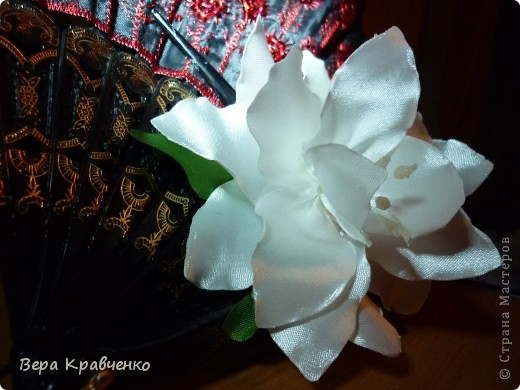 Приветик всем!!!! Вот такая лилия у меня получилась!!! фото 2