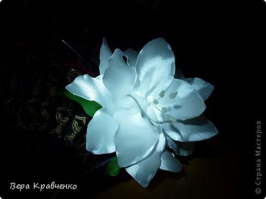 Приветик всем!!!! Вот такая лилия у меня получилась!!! фото 1