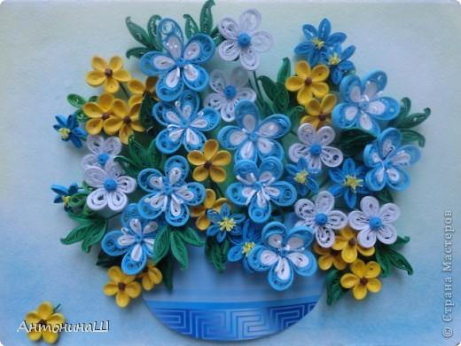 Приветствую всех жителей нашей замечательной страны.  У кого-то подсмотрела эти ажурные цветочки и очень они мне понравились, захотелось сделать себе такие же.   Вот и нафантазировала такой букетик.  Просто так. фото 1