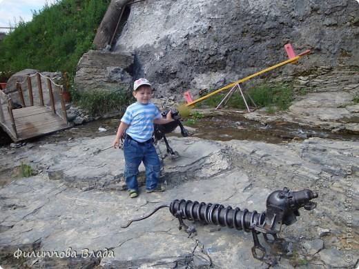"""Итак продолжу рассказ о поездке 2011 года. После Зюраткуля мы направились в город Сатку, чтобы посмотреть """"Сонькину Лагуну"""". Об этом парке, признаюсь, мы не знали вовсе-хотя живем не так далеко. Не знали о нем и родственники в Магнитогорске. фото 4"""