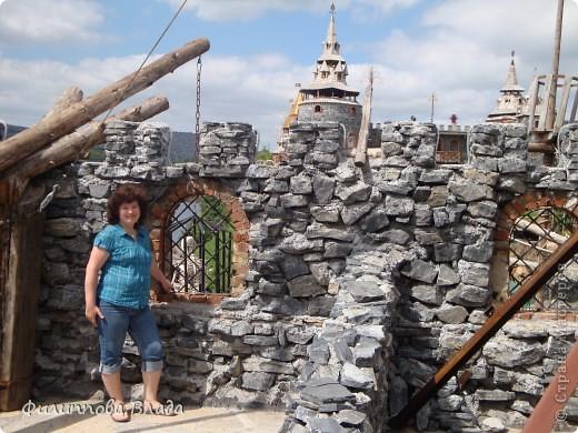 """Итак продолжу рассказ о поездке 2011 года. После Зюраткуля мы направились в город Сатку, чтобы посмотреть """"Сонькину Лагуну"""". Об этом парке, признаюсь, мы не знали вовсе-хотя живем не так далеко. Не знали о нем и родственники в Магнитогорске. фото 32"""