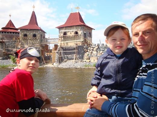 """Итак продолжу рассказ о поездке 2011 года. После Зюраткуля мы направились в город Сатку, чтобы посмотреть """"Сонькину Лагуну"""". Об этом парке, признаюсь, мы не знали вовсе-хотя живем не так далеко. Не знали о нем и родственники в Магнитогорске. фото 11"""