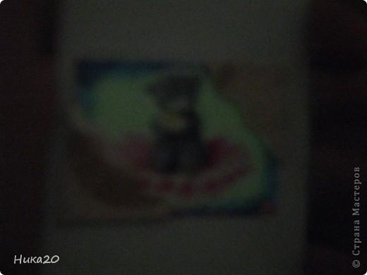 Каждая наклейка светиться в темноте. фото 5