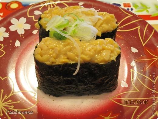 Разгребая фотки наткнулась на фото, сделанные еще в мае. Это мы заезжали покушать суши. На этой фотографии макеты! Про макеты подробнее тут: http://stranamasterov.ru/node/87699 фото 12