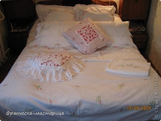 Комплект свадебного постельного белья . Вышивка ришелье и гладь. фото 2