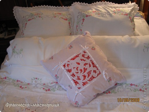 Комплект свадебного постельного белья . Вышивка ришелье и гладь. фото 5