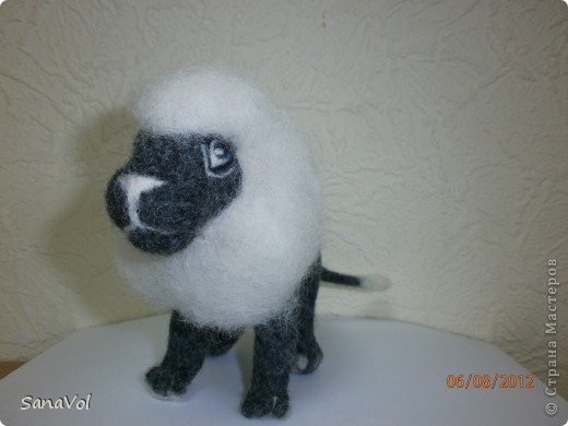 Лев Соломон свалян из овечьей шерсти методом сухого валяния фото 2