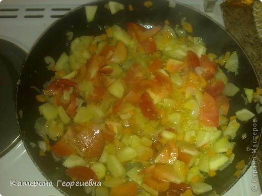 Вот такой омлет с овощами получился у меня.Просто,быстро,а главное вкусно.А сейчас я расскажу и покажу как это было) фото 8