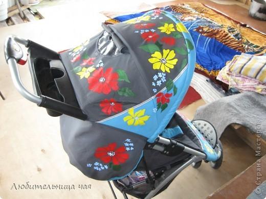 Сестра моего мужа обратилась ко мне с просьбой преобразить их коляску. Дело в том что коляска вроде как для мальчика, а надо что бы была для девочки))) Ну вот такая она была: фото 4