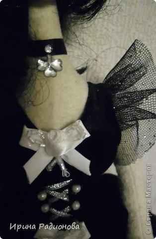 вот такая у меня получилась  готическая невеста, а может балерина.  Мастер-класс у меня к сожалению не полный, куда- то сохранила фотографии, и не могу найти, Но начало есть. Найду,  обязательно выставлю. а пока есть начало и конец мастер-класса.  фото 17