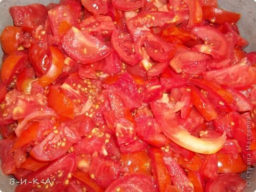 Приветствую всех,кто зашел в гости!!! Очень мы любим кетчуп,но при мысли ,что его надо варить 2 часа прихожу в ужас!!! Предлагаю быстрый вариант приготовления кетчупа,ну,и еще несколько вкусных заготовок. фото 2