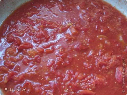 Приветствую всех,кто зашел в гости!!! Очень мы любим кетчуп,но при мысли ,что его надо варить 2 часа прихожу в ужас!!! Предлагаю быстрый вариант приготовления кетчупа,ну,и еще несколько вкусных заготовок. фото 3