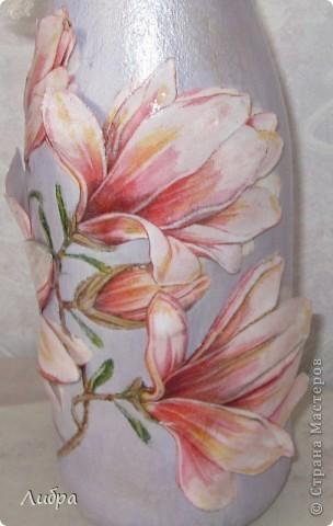 Как - то увидела работу Боняши http://stranamasterov.ru/node/208620?c=favorite  и мне очень захотелось тоже так попробовать ( тем более у меня была такая же салфетка, да и термопленка тоже имелась в наличии, а я все не решалась). Только я решила, все цветы сделать объёмными. и вот что получилось. фото 3